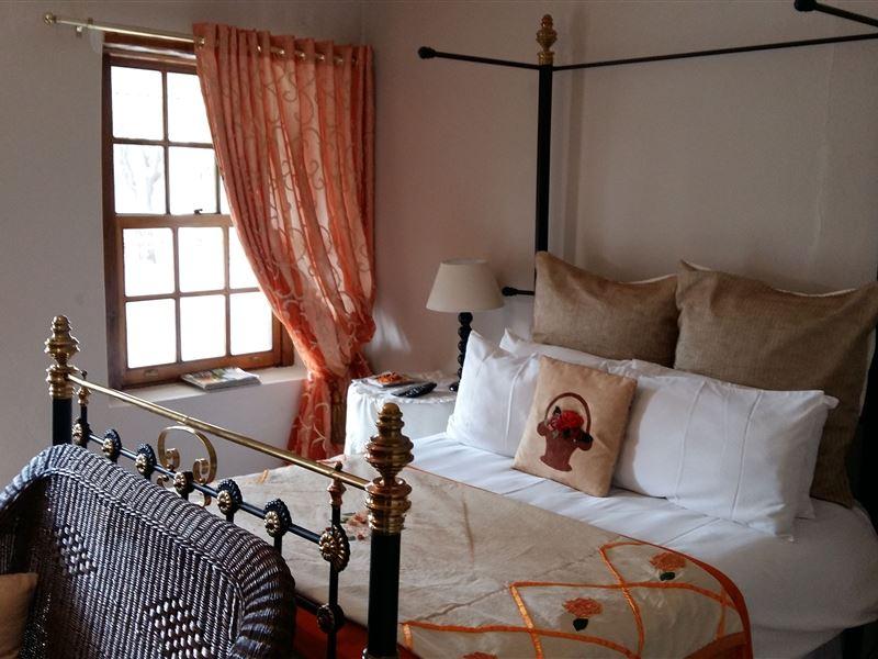 Motel En Suite Bathrooms: Toll Inn Guestfarm