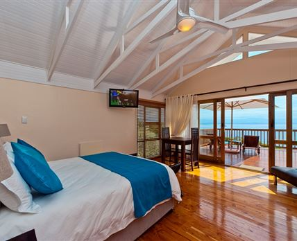 Honeymoon suite, with private ocean view balcony