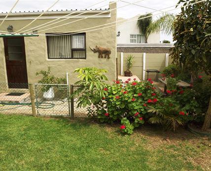 Garden and entrance