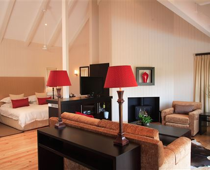 Luxury self-catering twin room