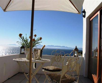 Apartment (Luxury) with full sea views of False Bay  -Sleeps 2