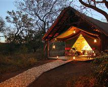 Romantic en-suite tent