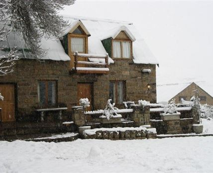 Stable Cottage in winter