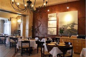 Ye Old Port Captain's House Restaurant