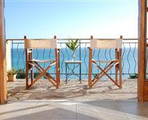 Acacia Room balcony © Casa Rex