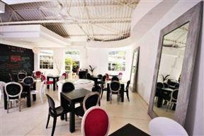 Bliss Café