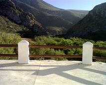 View from Eagle's Nest cottage © Die Poort 2013