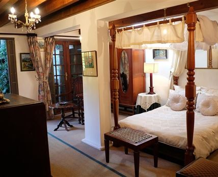 Terrific Jambo Guest House Home Interior And Landscaping Ologienasavecom