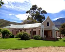 The Pinotage FarmhouseSleeps up to 10 People