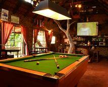 Bushveld pub © Hardus Vermaak