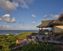 View of Catalina Lodge © daghatane