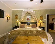 The Annex honeymoon suite