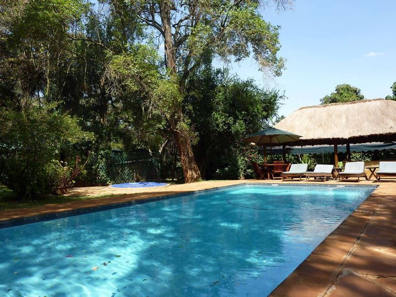 Karen blixen coffee garden for Pool garden restaurant nairobi