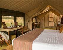 Tent interior © Nomad Tanzania