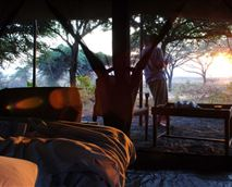 Sunrise over the bush veld © Nomad Tanzania