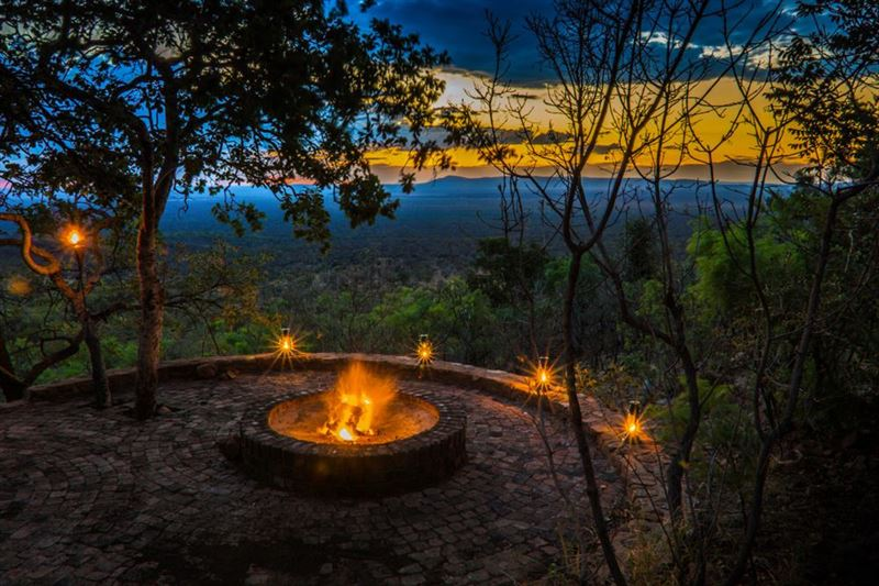 Warthog Lodge, Mabalingwe Nature Reserve
