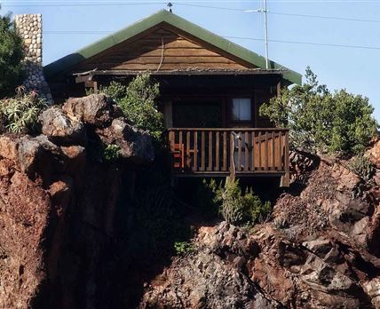Mountain Zebra Honeymoon Suite exterior