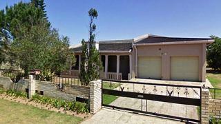 Nikho's Lodge 2 | Mthatha Accommodation