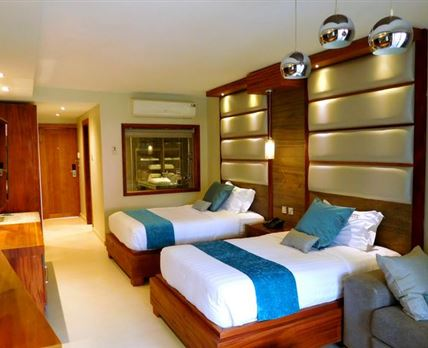 queen size beds, twin private ensuite, balcony with a garden view