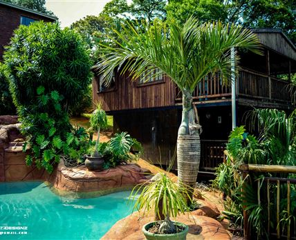 Swimming pool © Rock Pool & Cottage