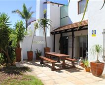 Garden with braai facilities