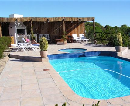 Braai area and Solar heated pool