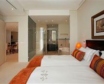 606 Juliette bedroom