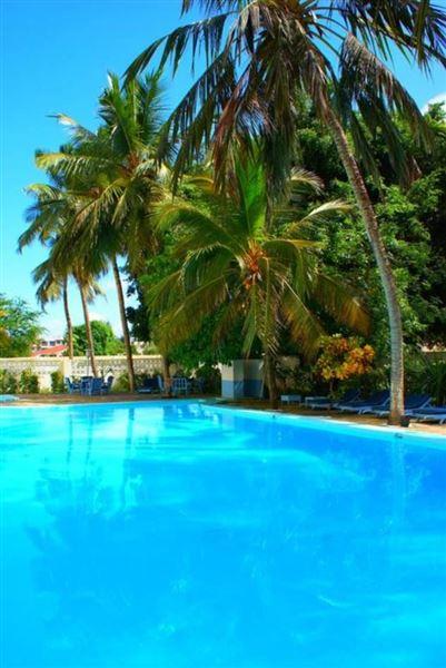 Kahama Hotel Bamburi Beach Mombasa