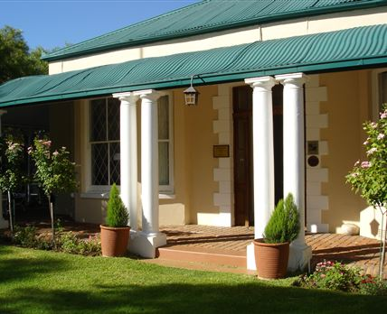 Jungnickel Guest house is an beautiful Victorian House built before 1885.