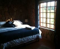 Ginger Quill Cottage bedroom