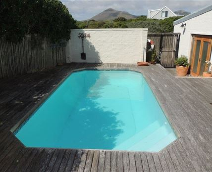 Salt swimming pool