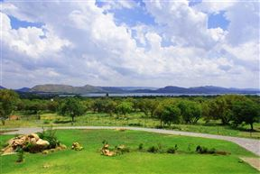 Flora Park AH (Hartbeespoort) Accommodation