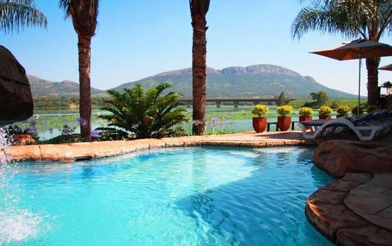 West Lake Country and Safari Estate