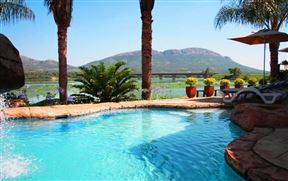 West Lake Country and Safari Estate Accommodation