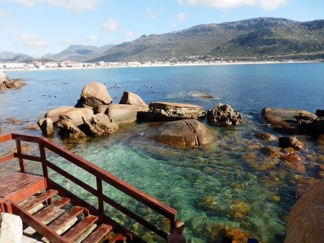 On The Rocks Dolphin Bay