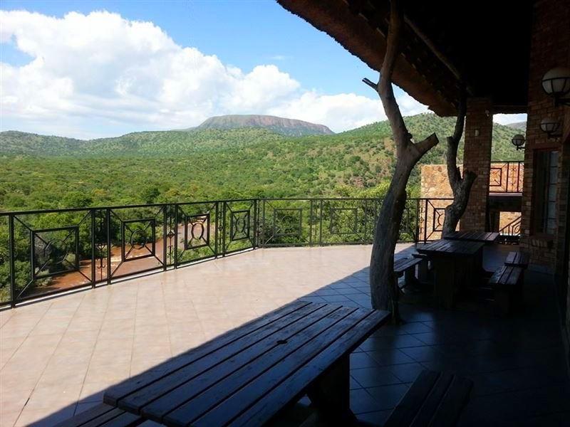 Bonamanzi Game Lodge, Roossenekal