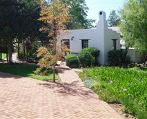 Situated in the heart of our beautiful gardens, this cosy Cape Dutch styled cottage is the ideal accommodation for a romantic stay-over or honeymoon.  Let the peace and serenity of the gardens and the water stream flowing close by, relax you after a long day of sight-seeing and driving.