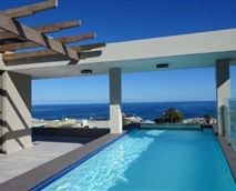 Both the Penthouse and Villa have an 8m pool overlooking the ocean