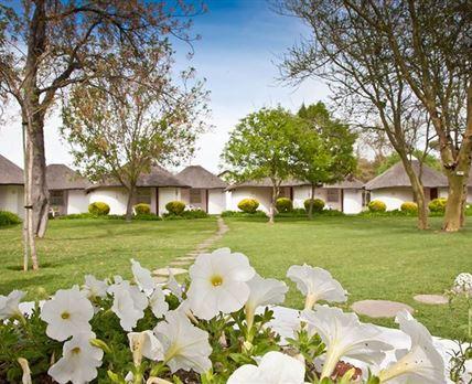 Beautiful gardens © Protea Hotel Riempie Estate
