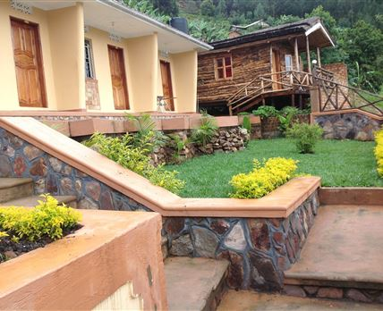 All rooms have a great view at the Bunyonyi View © Bunyonyi View