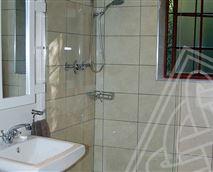 Bathroom - YellowWood and Cooper Beech