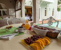 Scrumptious breakfast prepared by your hostess, Eileen