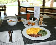 A lovely Buffet/English Breakfast is on offer to all our guests