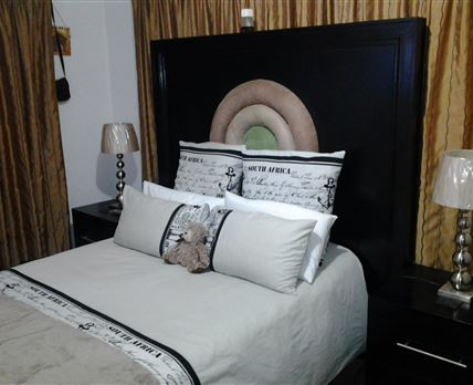 Bedroom with side bed-Lamps