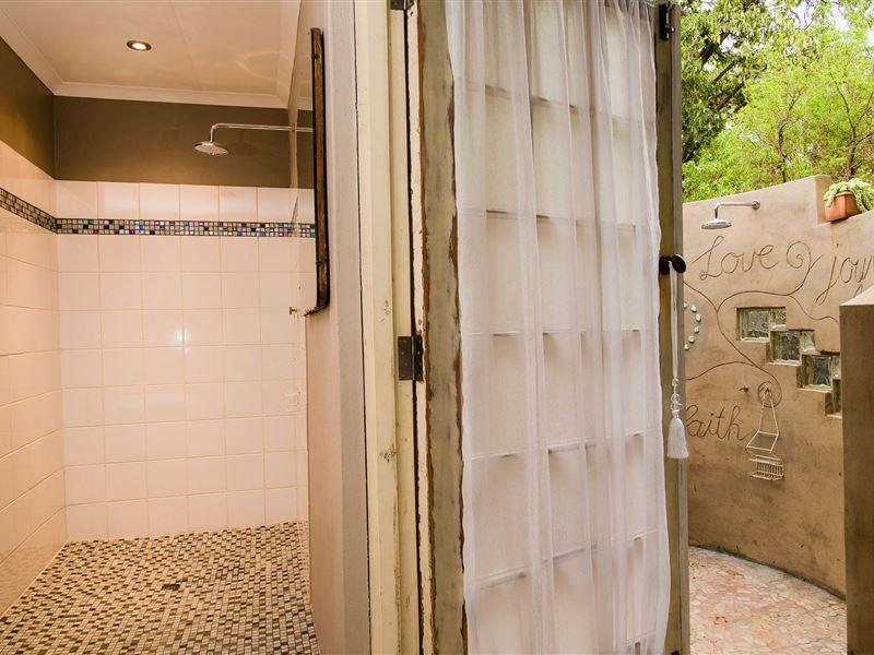 Motel En Suite Bathrooms