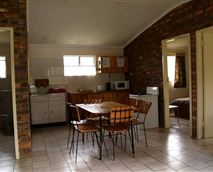 Chalet, kitchen area