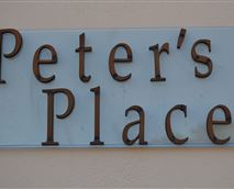 © PETER'S PLACE