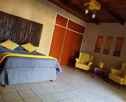 The Appaloosa room can sleep two people and has a stunning en suite bathroom. © Cheval Tachete