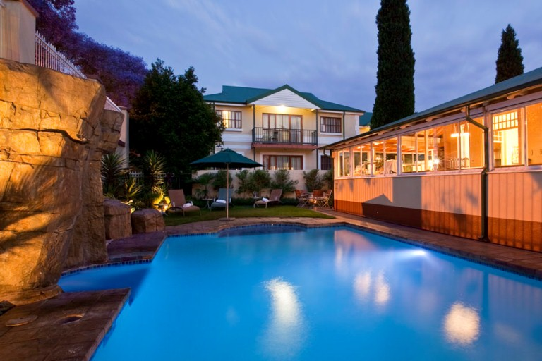 The villas luxury suite hotel Swimming pool maintenance pretoria