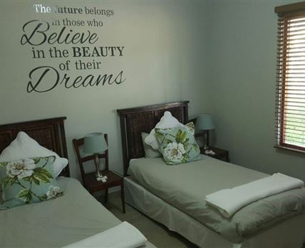 The spacious bedrom